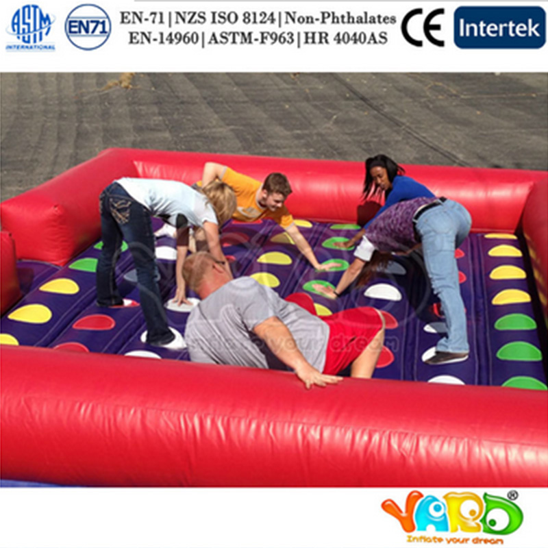 цена Hot Sale Inflatable Twister Board Game Bouncers for Kids and Adults