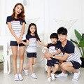 Family clothing look de moda de rayas de manga corta camisetas camisetas trajes a juego madre hija de ropa para la madre y el padre hijo