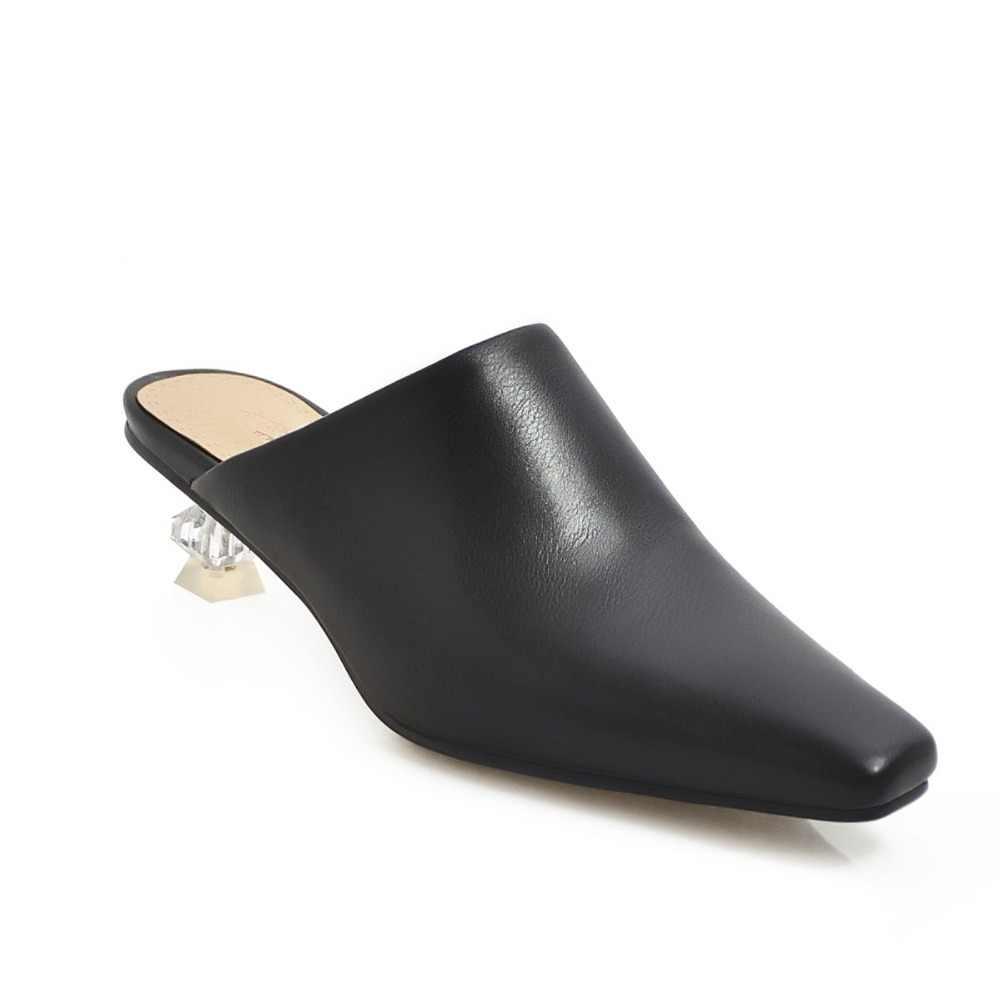 Plus Größe 48 2019 Neue Sexy Flach Hausschuhe Frauen Casual Heels Sandalen Luxus Niedrigen Marke Sommer Maultiere Schuhe Frau Flip -flops