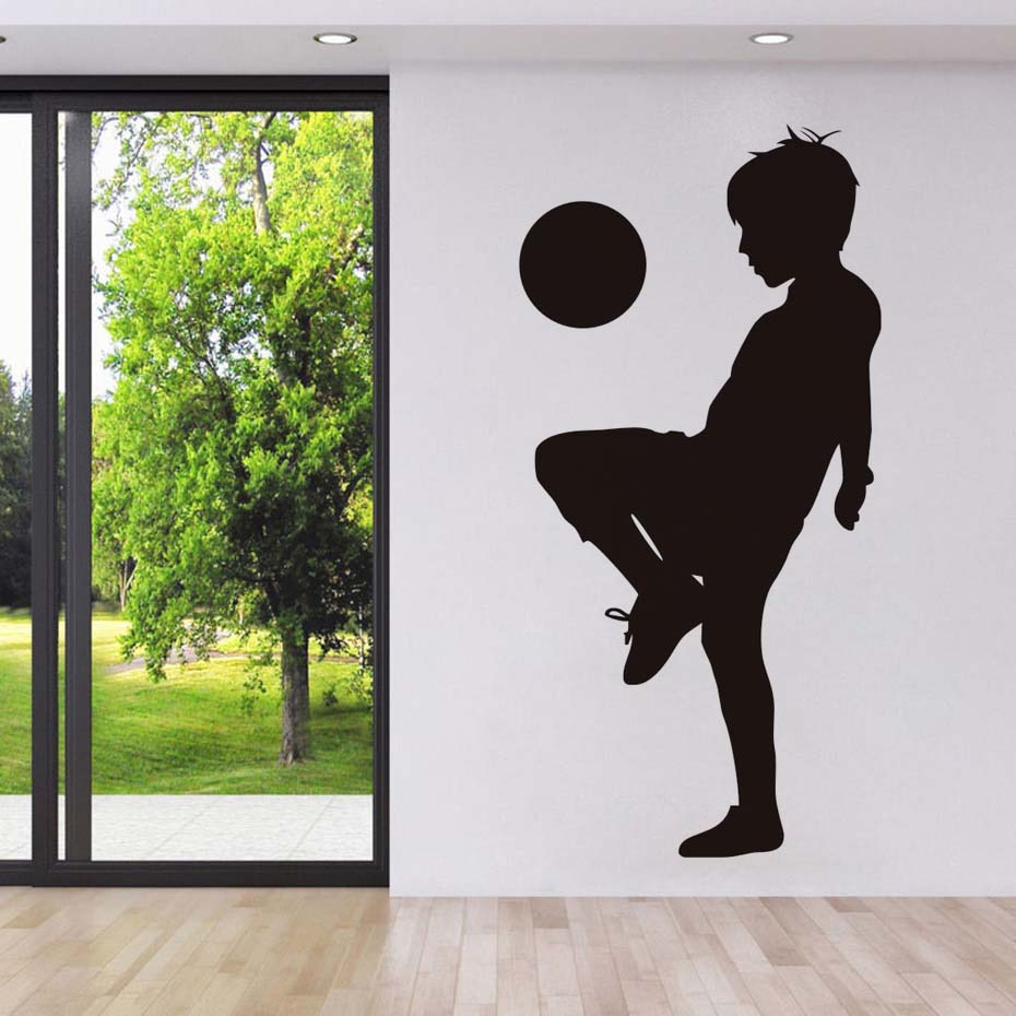 Playing Football Wall Sticker Creative Little Kids Player Muursticker Wall Decal For Nur ...