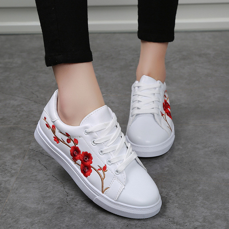 Embroidered leather Women Vulcanize sneakers Shoes fashion Slip-on comfortable Flower Lace up White Flat Casual shoes NLD910 sportive women flower pattern embroidered white pu leather shoes lace up sneaker