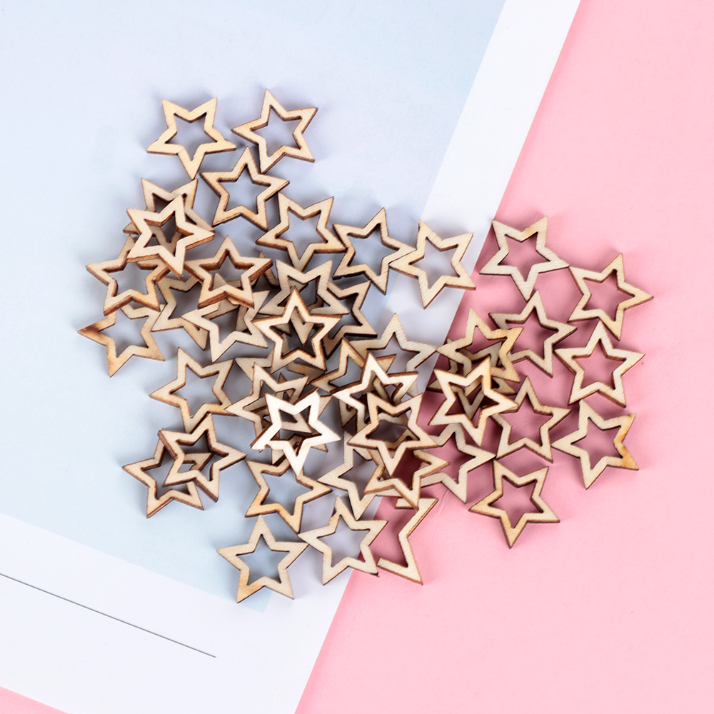 50Pcs/Pack Wooden Hollowed Stars Crafts Ornament For Arts Scrapbooking Embellishments Wedding DIY Wood Slices Home Decoration