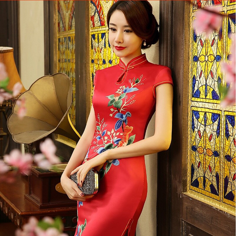 Long Qipao Fashion Traditional Chinese Clothing for Women Silk Cheongsam Elegant Banquet Dresses women Summer dress