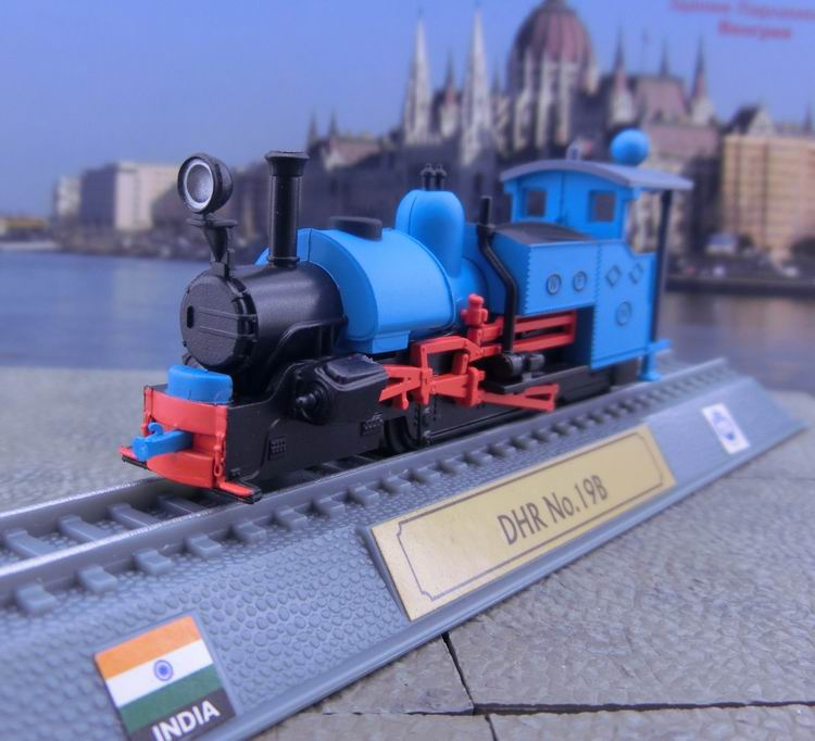 US $7 2 10% OFF|N Scale Model Trains Power Train Steam Model Steam  Locomotives Plastic Static Model Decoration-in Model Building Kits from  Toys &