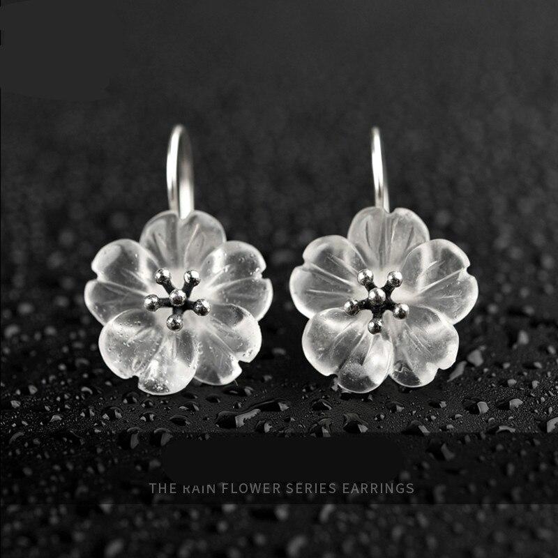 Goutte d'oreille en cristal blanc Original femelle tempérament de vent froid forêt clou d'oreille en argent pur