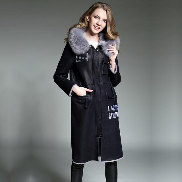 Factory direct supply 2017 winter Keep warm Coat female Natural real sheepskin Fur sleeves Hooded Fox collar coat long printing