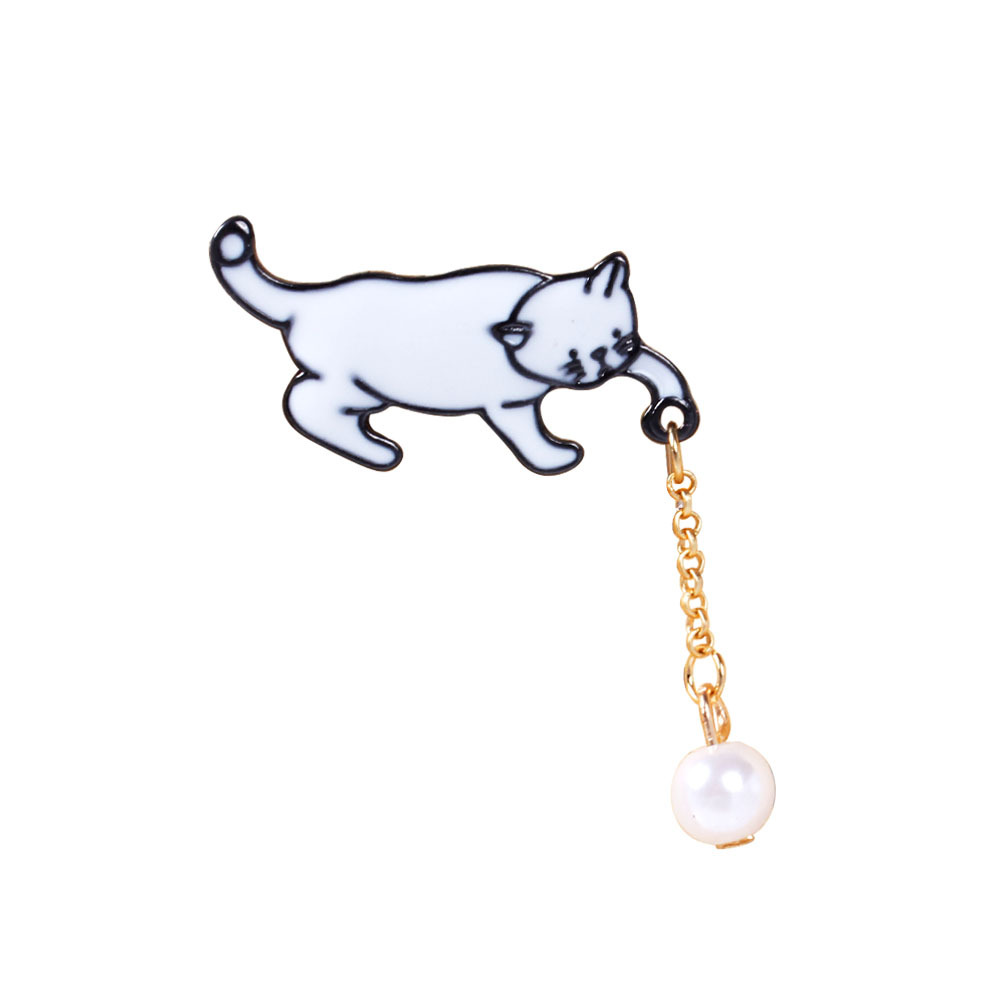 Brooches 2019 Fashion Imitation Pearl Chain Cute White Cat Catching Ball Funny Cool Summer Enamel Metal Brooch Pin Button Badge Jean Women Jewelry Jewelry & Accessories