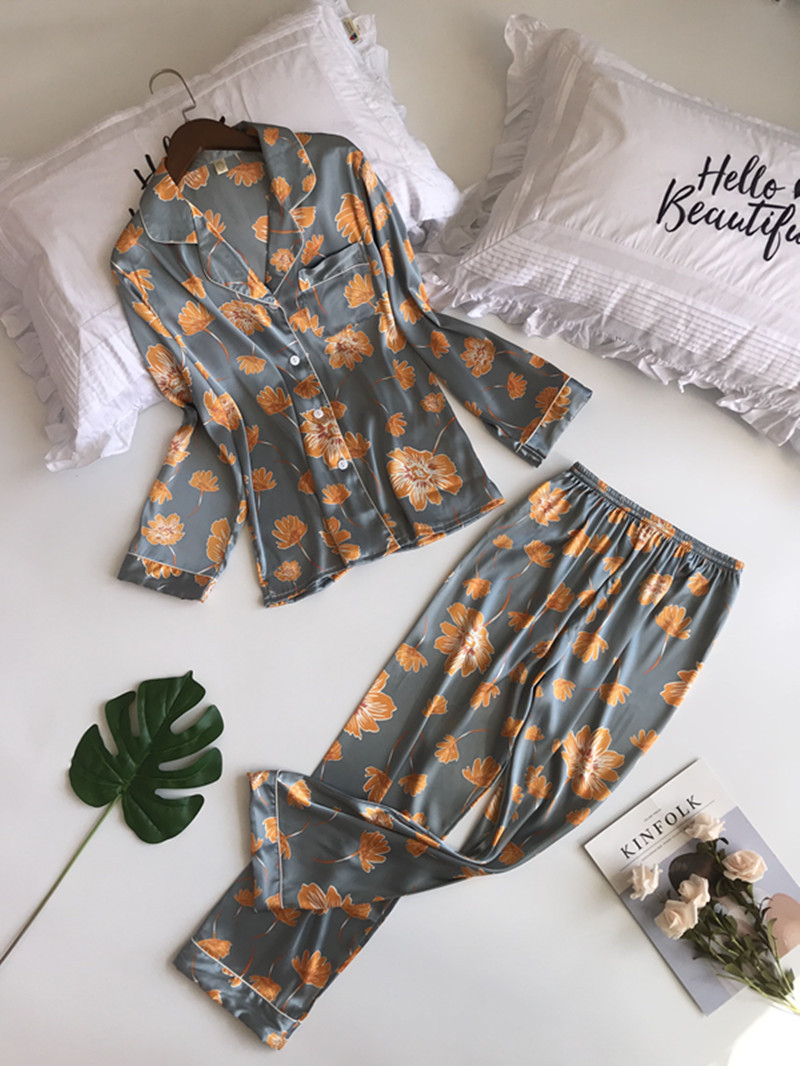 Pyjamas 2018 New Autumn Winter Pijama Silk Long Sleeve   Pajamas     Sets   with Pants for Women Satin Flower Print Home Wear Feminino