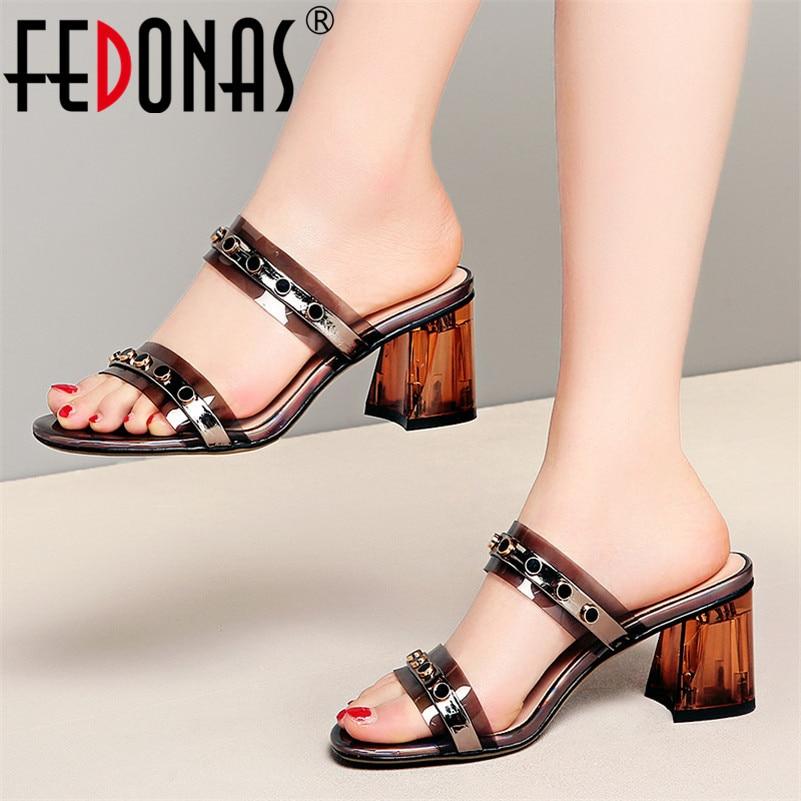 Ayakk.'ten Yüksek Topuklular'de FEDONAS Yaz Kadın Pompaları Yeni Klasik Tasarım Rivrt Kare Yüksek Topuklu Moda Zarif Sandalet Parti Elbise Muhtasar Ayakkabı Kadın'da  Grup 1
