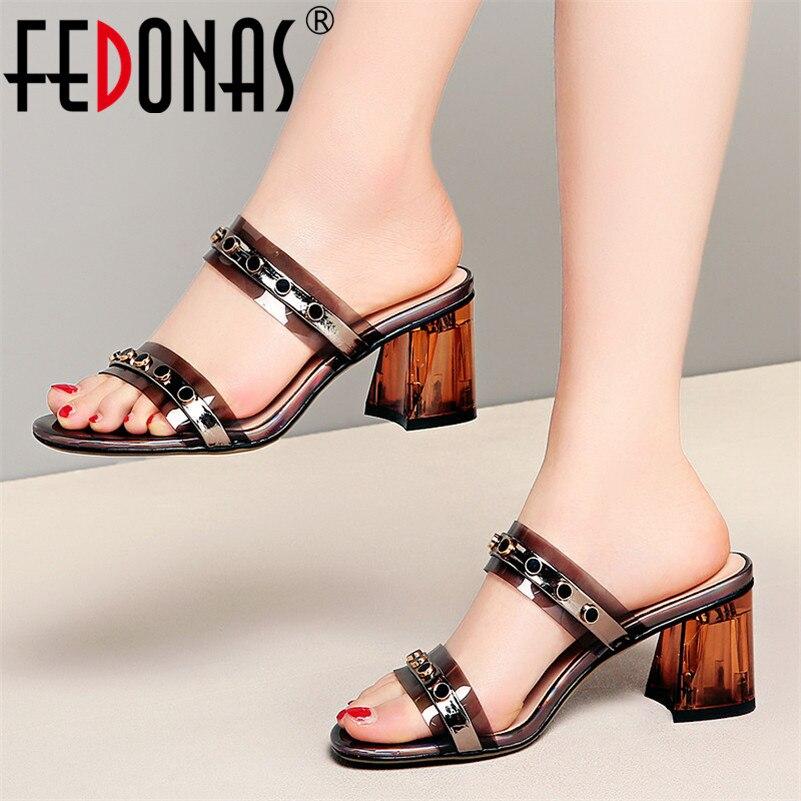 FEDONAS été femmes pompes nouveau Design classique Rivrt Sqaure talons hauts mode élégant sandales fête robe Concise chaussures femme-in Sandales femme from Chaussures    1