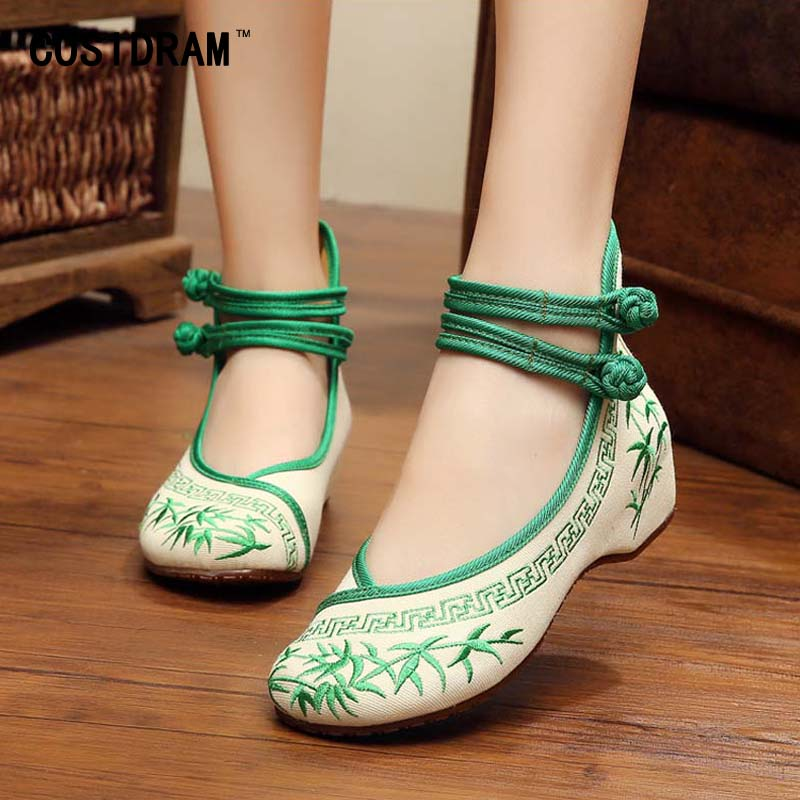 Bamboo Blue And White Porcelain Women Flats Chinese Style National Embroidered Canvas Shoes New 2017 Casual Flat Shoes SNE-388 blue and white canvas anti static shoes esd clean shoes pharmaceutical shoes work shoes add cotton