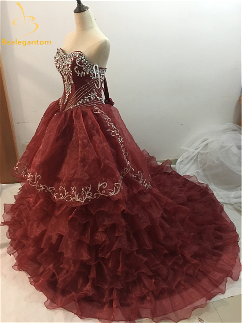 2018 New Red Quinceanera Abiti Ball Gown con organza Sweetheart che - Abito per occasioni speciali