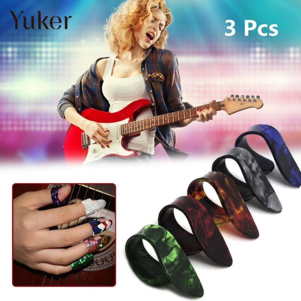 Yuker 3PCS Colorful Plactic Guitar Bass Ukelele Pick Plectrum Holder Case Box Portable Heart Shape
