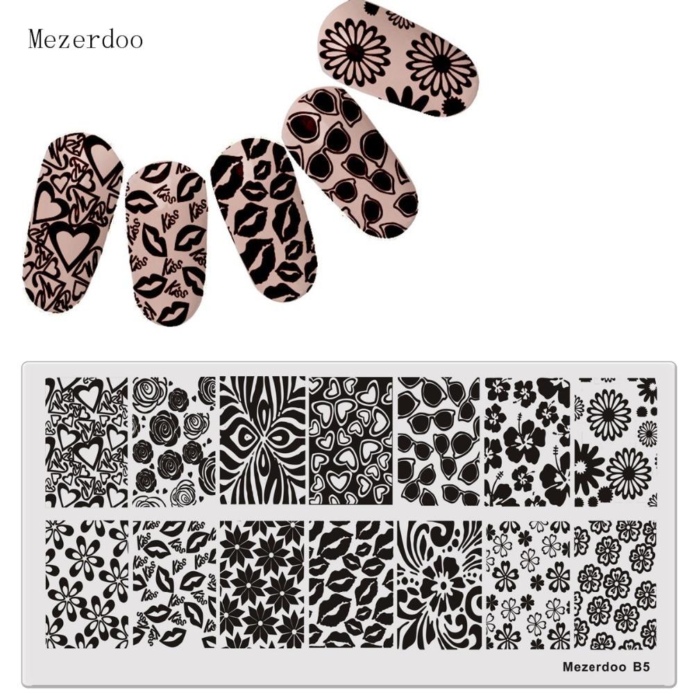 DIY Görüntü Tabaklar Nail Art Damgalama Plaka Dudak Mühür Öpücük Kalp Tasarım Tırnak Şablonları Manikür Lehçe Damga Araçları MezerdooB5