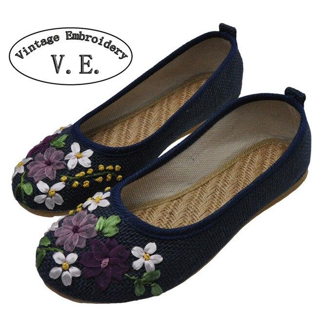 Plus size 42 Das Mulheres Do Bordado Do Vintage Sapatos Flats Flor Bordada De Linho Lona Velha Pequim Sapatos Sapato Feminino Sapatos Único