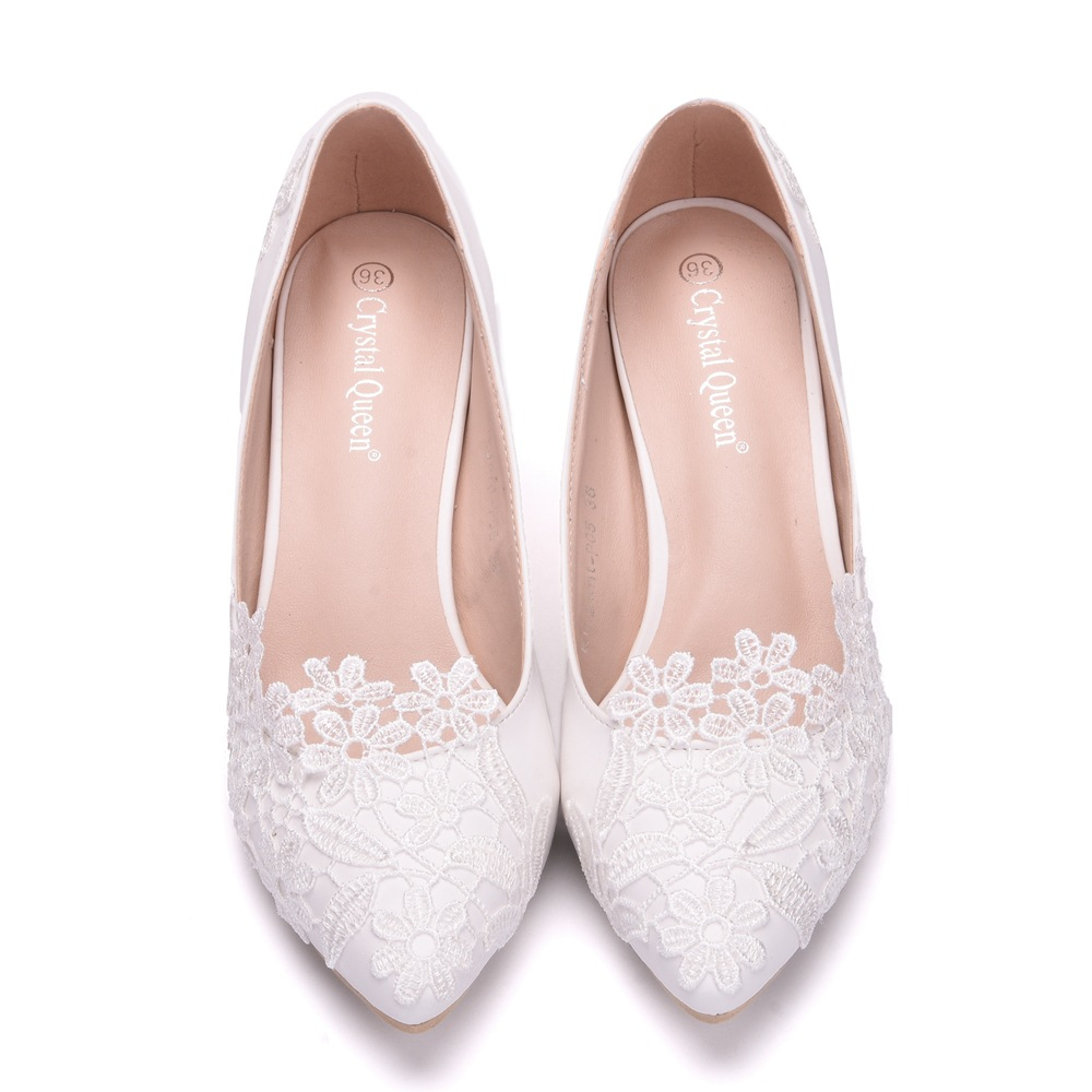 c48eb052801d Zuoxiangru Women Elegant Simple Lace Flowers Wedding Shoes Female White 5cm  High Heeled Bride Shoes Woman Plus Size 34 43-in Women s Pumps from Shoes  on ...