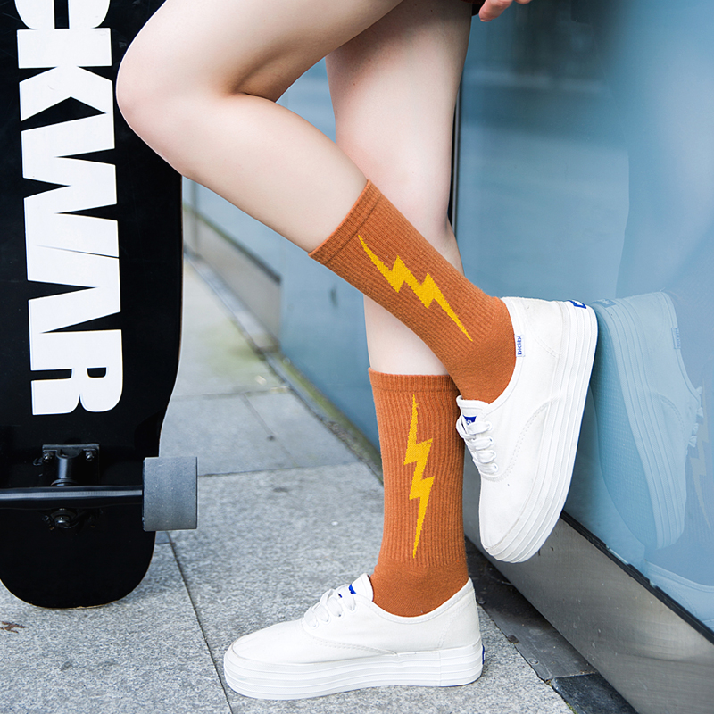 Socks For Women Cotton Harajuku Thunder Print Hip Hop Socks Female Casual Sakte Board Funny Sock New Fashion  Woman Meias
