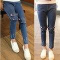 Новые дети девочки джинсы брюки весна осень милый кот вышивка штаны детей брюки теплые джинсы леггинсы для девочек 2-8Y