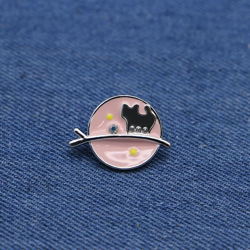 Cartoon Animal Brooches Kawai Pink Cat Enamel Pin for Girls Lapel Pin  Hat/bag Pins Denim Jacket Shirt Women Brooch Badge SC4300-in Badges from  Home &
