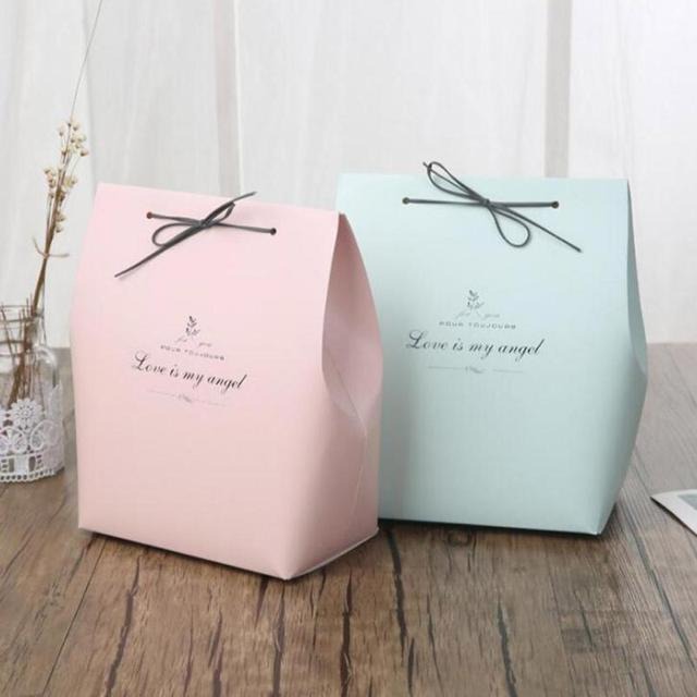 fashion large size present box for pajamas clothes books packaging gold handle paper box bags christmas