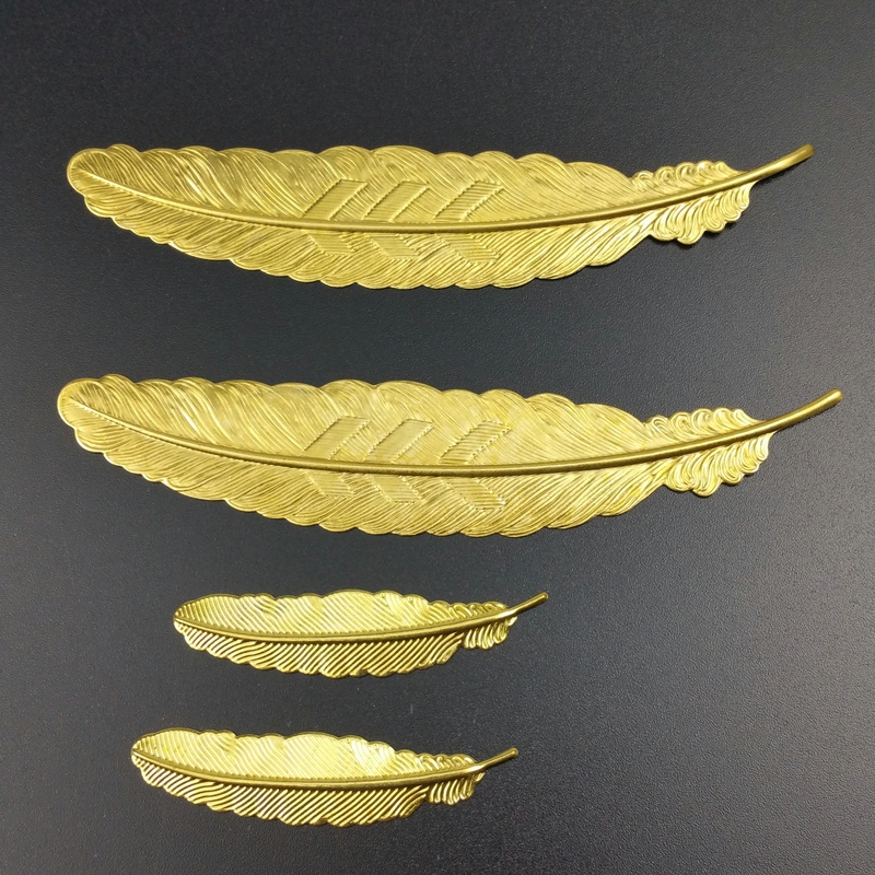 5pieces / Lot  Brass Color Decoration Box Filigree Feather Leaf Slice Charms Base Setting Jewelry DIY Components Findings