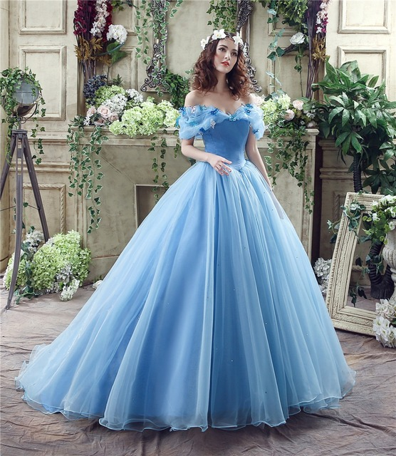 Hochzeitskleid Prinzessin Blau