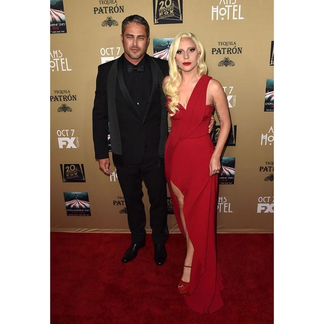 Lady Gaga Celebrity Dresses Sexy One Shoulder Red Chiffon Draped Formal Red  Carpet Dresses Side Split 66c9c24e9ae2