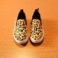 Новый 2015 прохладный мода заклепки леопардовым принтом детей кроссовки удобные женщины - на для унисекс # 1880