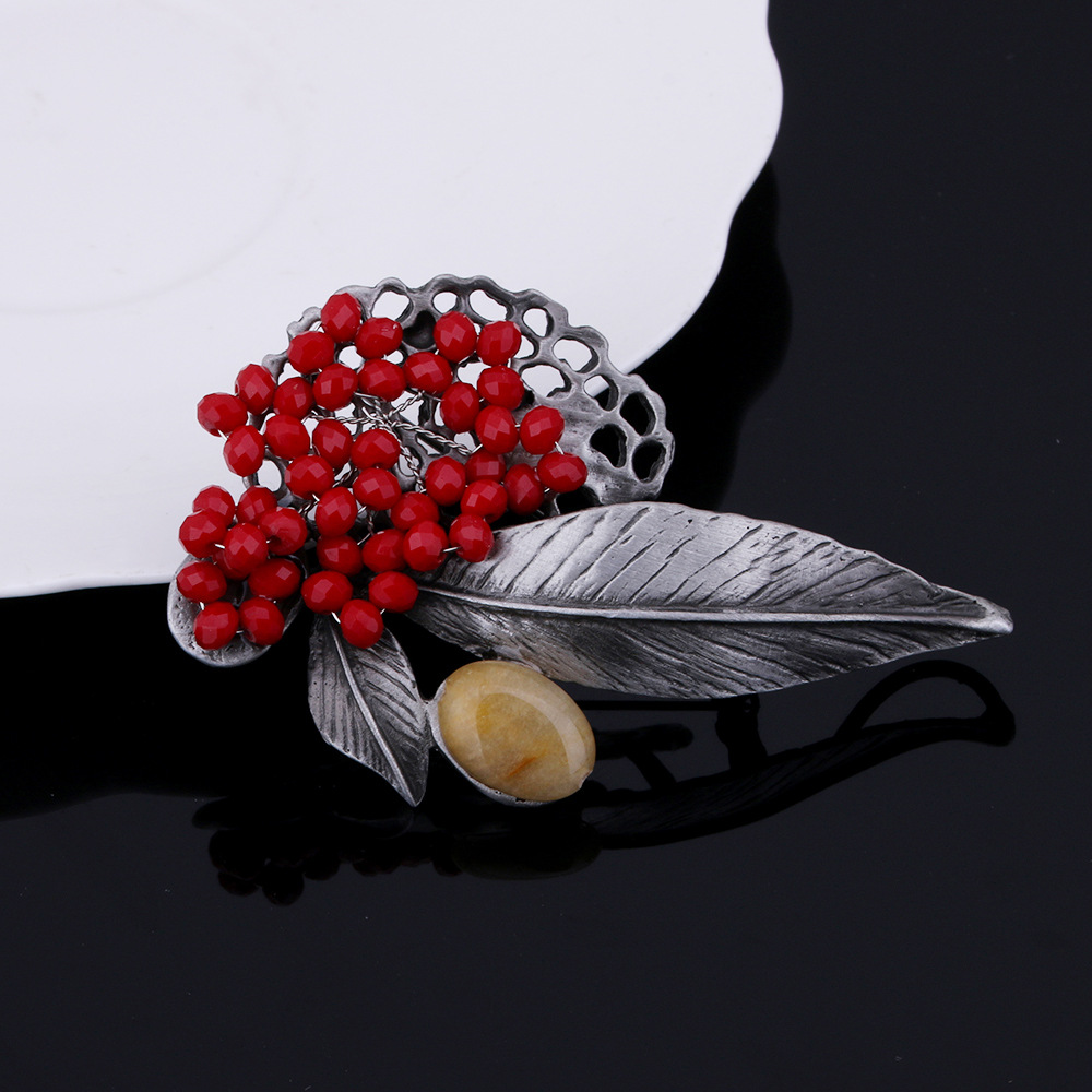 Jujie stone flower brooches for women 2018 fashion wedding bouquets jujie stone flower brooches for women 2018 fashion wedding bouquets lapel pins brooches rhinestone plant jewelry dropshipping in brooches from jewelry izmirmasajfo Image collections