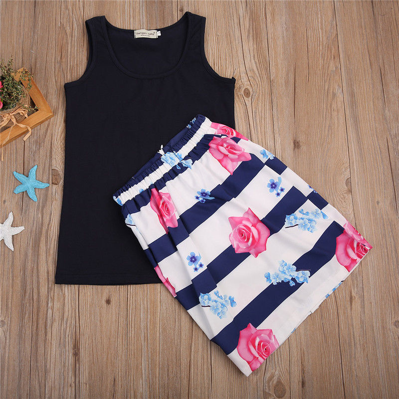 2PCSSet-Family-Match-Clothes-Mother-and-Daughter-Summer-Sleeveless-Vest-TopsFloral-Skirt-Outfits-Matching-Clothing-1
