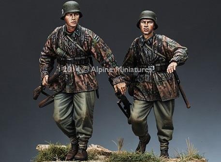 1:35 World War II German Soldiers