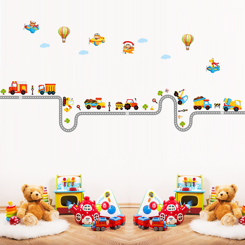 Var noņemt sienas uzlīmes vairumtirdzniecībā Bērnudārza bērnu istabas apdare uz sienas Cartoon auto uzlīmes