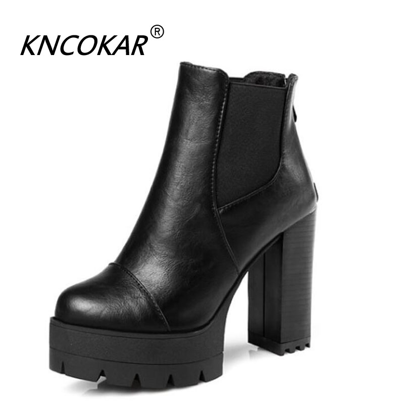 The new autumn and winter new comfortable thick high heel female boot round head fashionable women style Martin large size bootsThe new autumn and winter new comfortable thick high heel female boot round head fashionable women style Martin large size boots