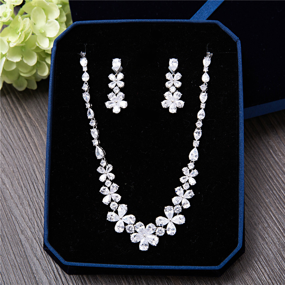 Argent-ton clair cubique zircone romantique mariées bijoux ensembles fleur collier Dangle boucles d'oreilles été collier Choker pour mariage