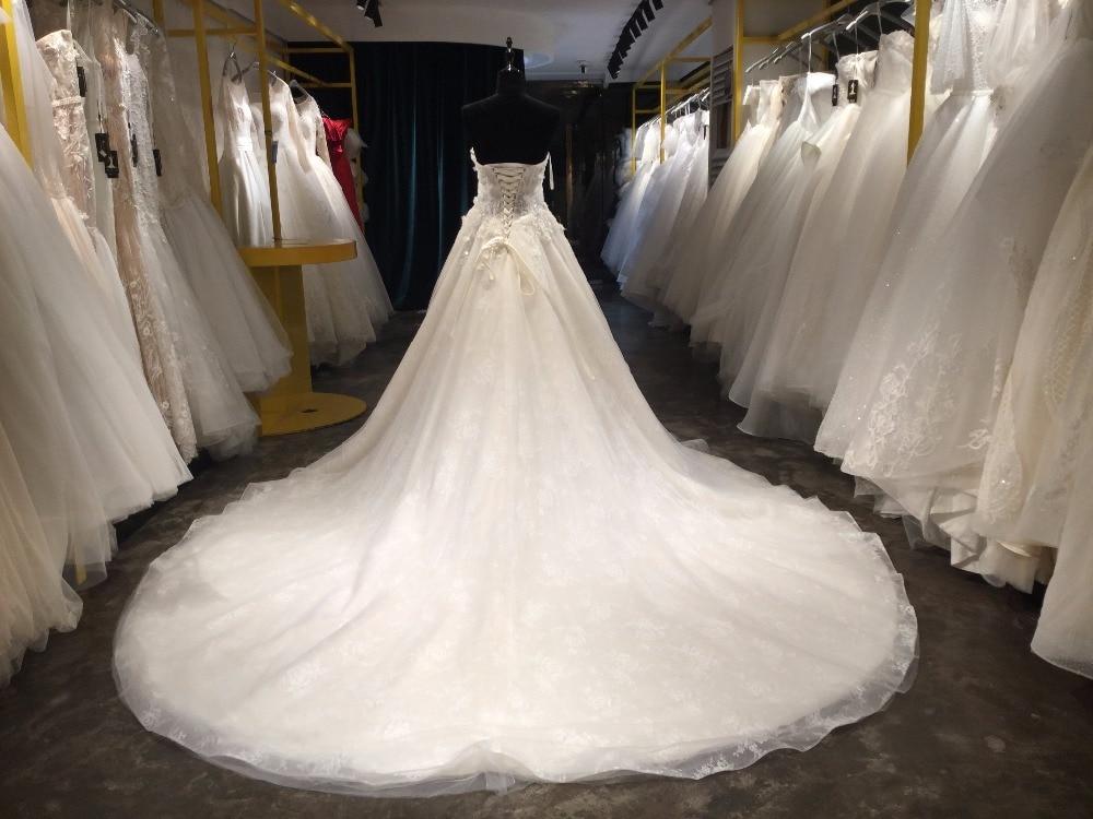 A-line Spets Bröllopsklänningar med Court Train 2018 V-Neck - Bröllopsklänningar - Foto 2