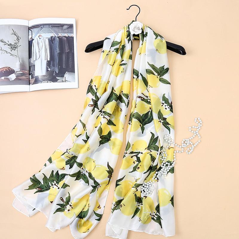 Top Quality Luxury Brand New Europe Style Black Lemon Print Women Silk Scarf Elegant Shawl Autumn Warm Sunscreen Soft Scarves