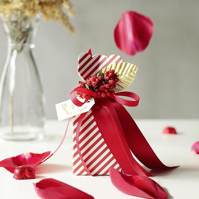 2017 Noul romantic roșu și alb cu panglică de hârtie din burete - Produse pentru sărbători și petreceri