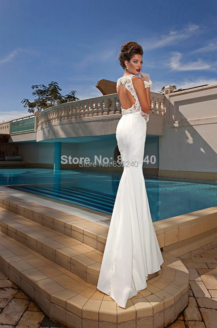 Slim Sexy Keyhole Open Back Wedding Dresses With Detachable Train In