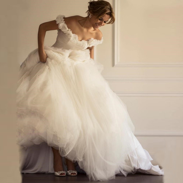 2017 Beautiful White Tulle Ball Gown Wedding Dresses Ruffles Off ...
