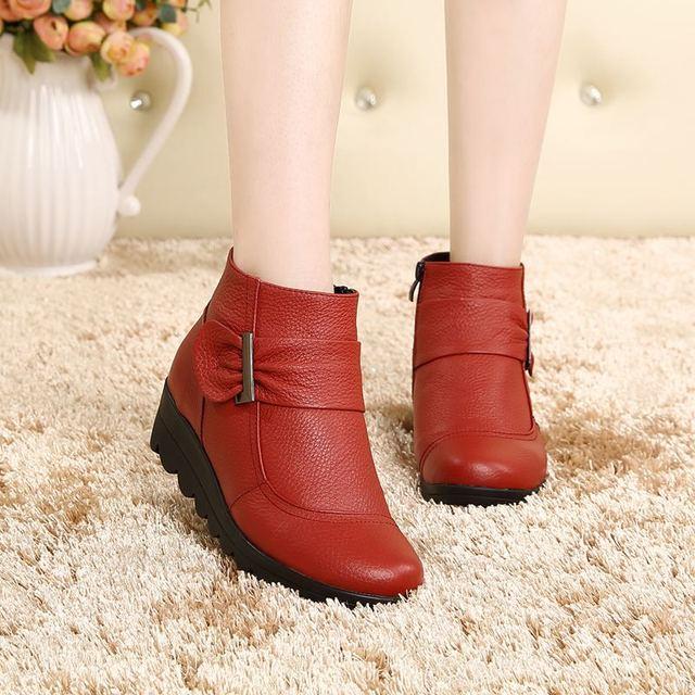 Botas para la nieve botas de mujer de invierno de algodón acolchado zapatos botas de cuero Genuino botas Mamá otoño botas de Cremallera más el tamaño de las mujeres calientes