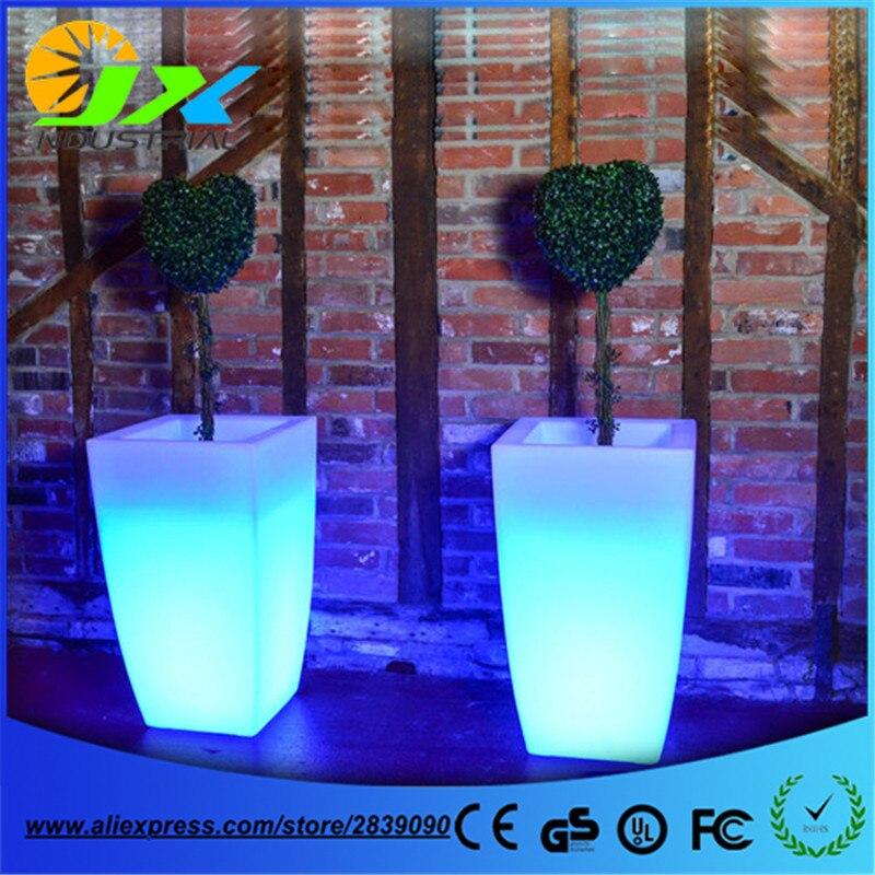 Big Plastic LED Flower Pot Light Color Changing Luminous Floor Vase For Garden Living Room Bedroom Dining Room Decoration Pots