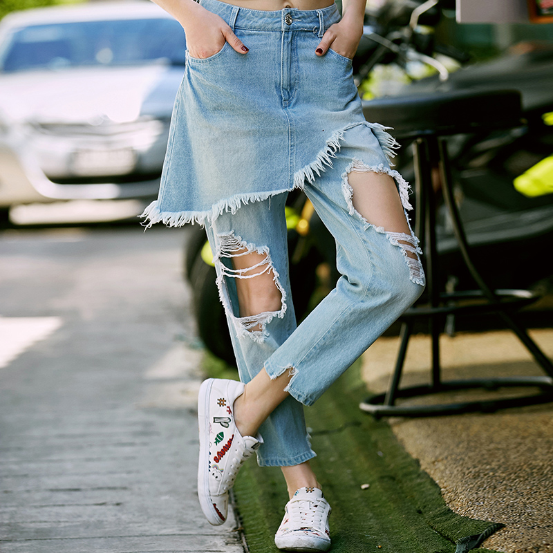 ФОТО TRUST DREAM 2017 Spring Summer Fashion Personality Hole Tassel Two Piece Jeans Culottes Loose Light Color Denim European Style