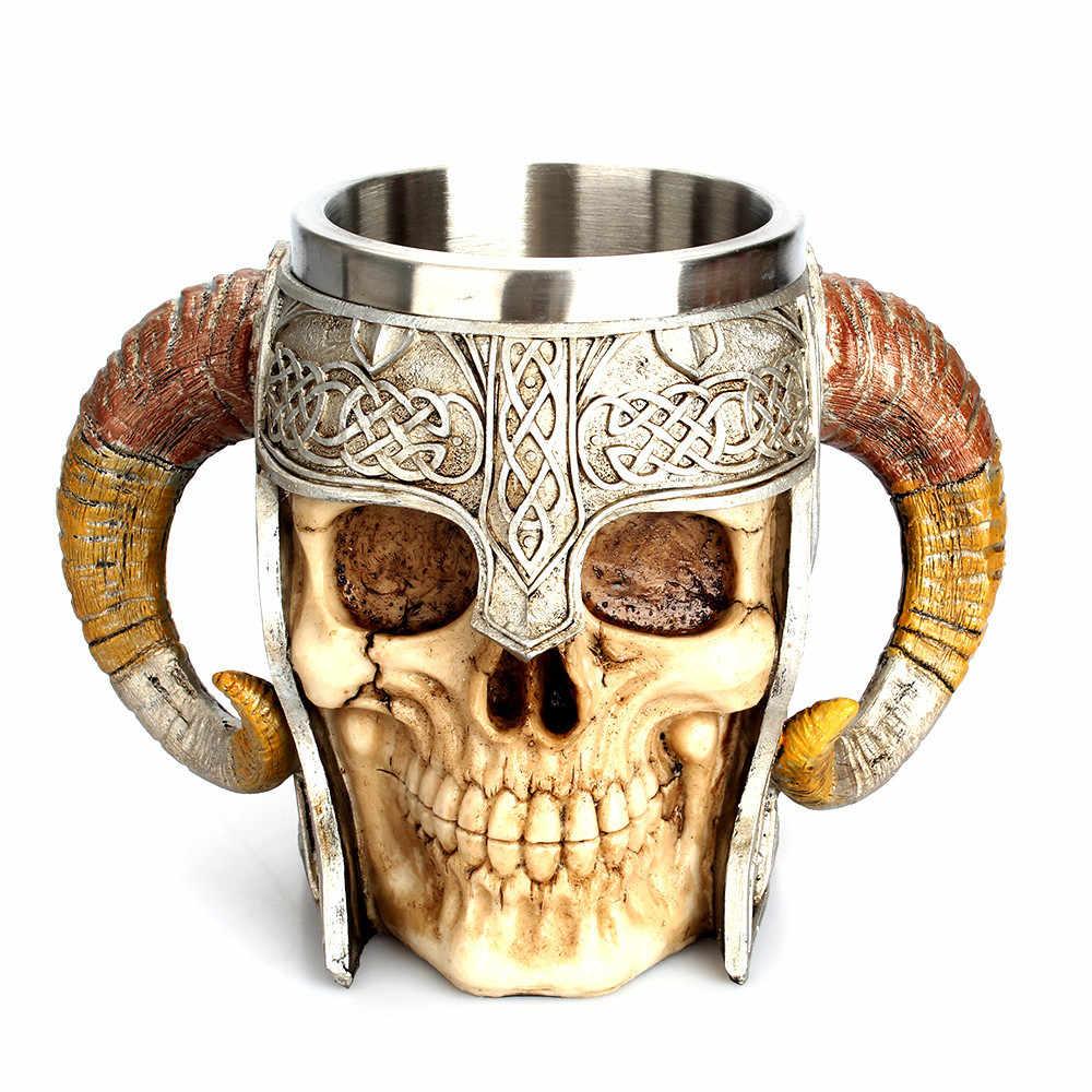1 ชิ้นเรซิ่นกะโหลกศีรษะแก้ว Tankard Striking Skull นักรบ Tankard ไวกิ้ง Skull แก้วเบียร์ Gothic หมวกนิรภัย Drinkware เรือ