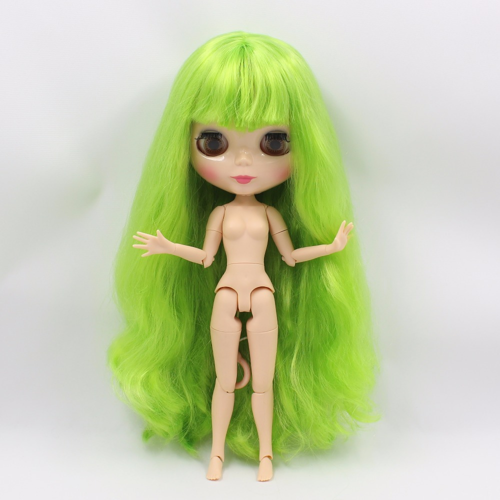 Neo Blythe Doll with Green Hair, Natural Skin, Shiny Face & Jointed Body 4