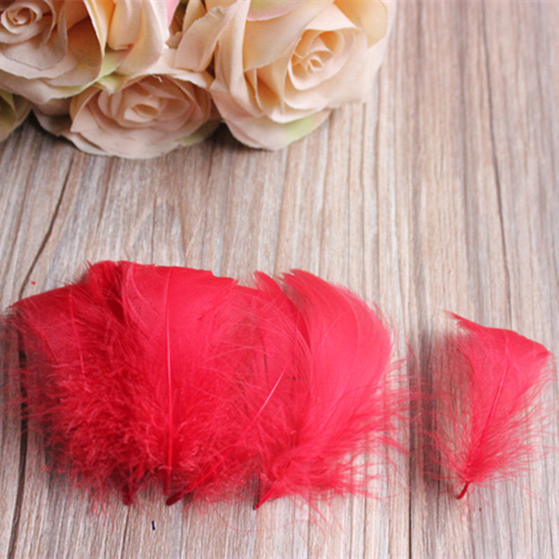 Wholesale free shipping 100 PCS/ red color feathers 4-8 cm goose feather hat hair accessories for the wedding
