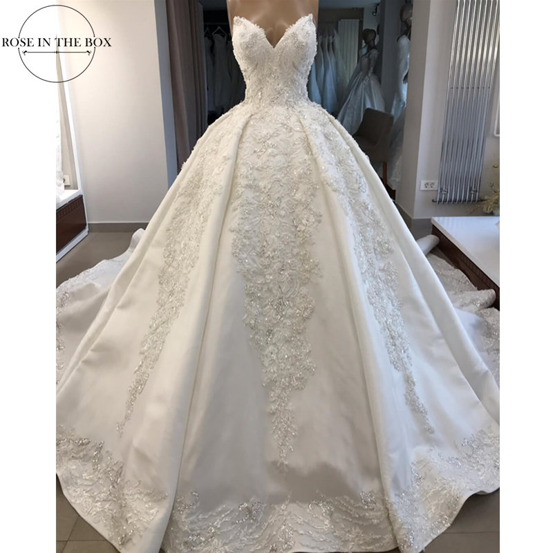 Luxury Beading White Wedding Dress Satin Customized Appliques Bride Dress Plus Size Sexy Backless Wedding Gowns Lace Up Back