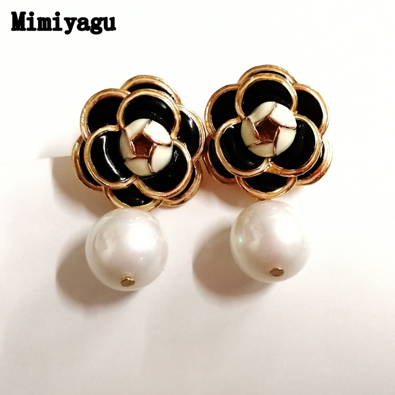 Mimiyagu famous design golden flower pearl earring stud earring for women trendy jewelry trendy flat collar sleeveless pocket design buttoned dress for women