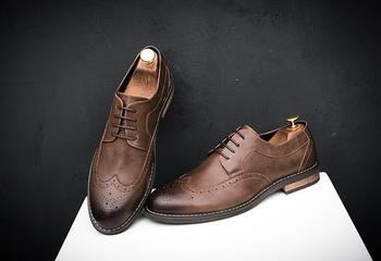 Shoes Men formal dress lace-up classical smart casual low heel carved GradientRamp brogue shoes pointed toes wedding shoes