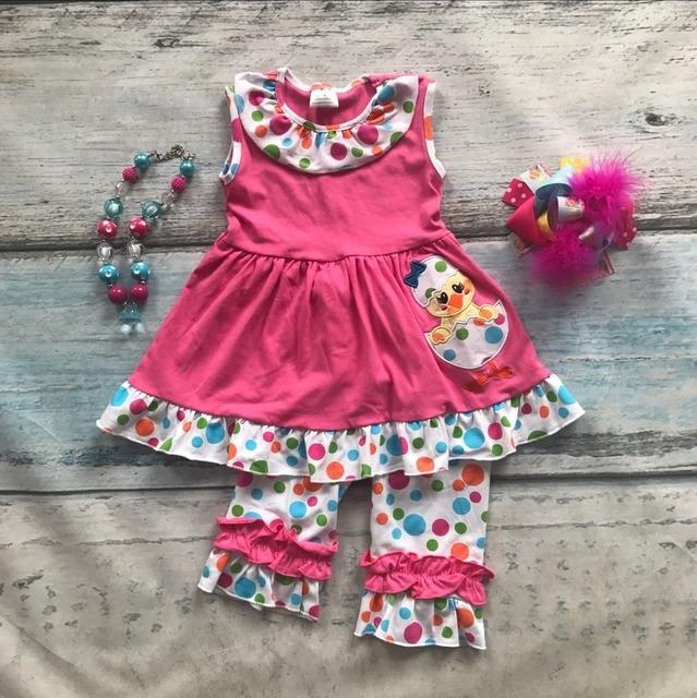 Детские девушки Пасха чик дизайн одежды девушки дети бутик партия одежды горошек оборками хлопок капри наряд с аксессуарами