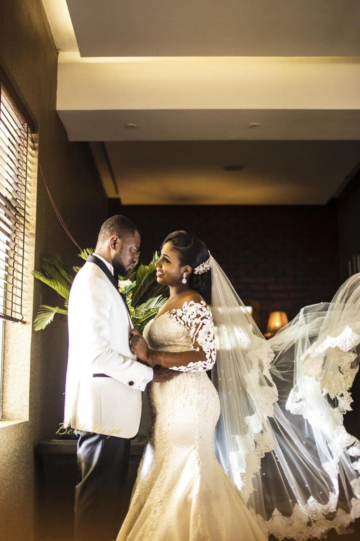 Image 4 - Vintage African Mermaid Wedding Dresses 2019 Vestido De Noiva Long Sleeve Lace Wedding Gowns Black Girl Women Bride Dress-in Wedding Dresses from Weddings & Events